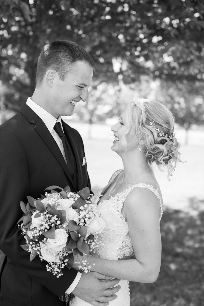 Oregon-Wedding-AtavistaFarm19_0034.jpg