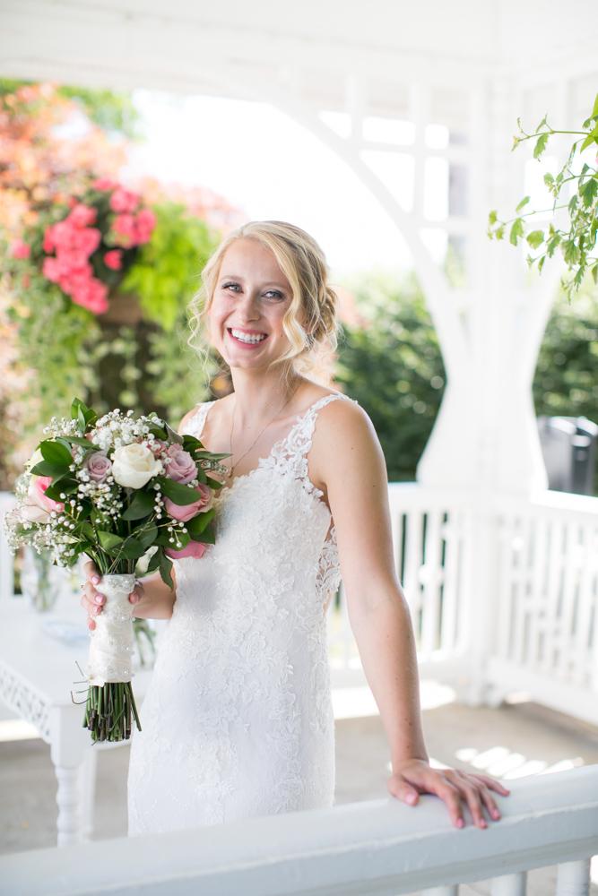 Oregon-Wedding-AtavistaFarm19_0044.jpg