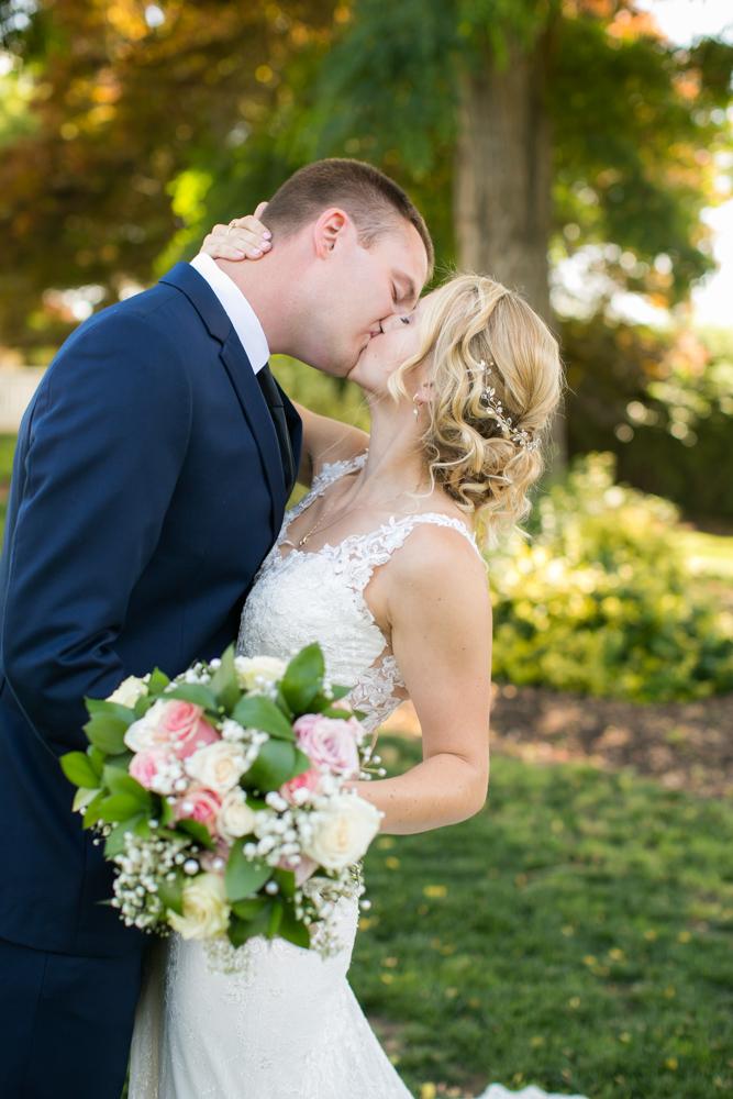 Oregon-Wedding-AtavistaFarm19_0050.jpg