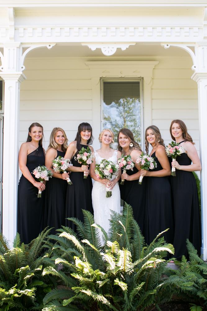 Oregon-Wedding-AtavistaFarm19_0059.jpg