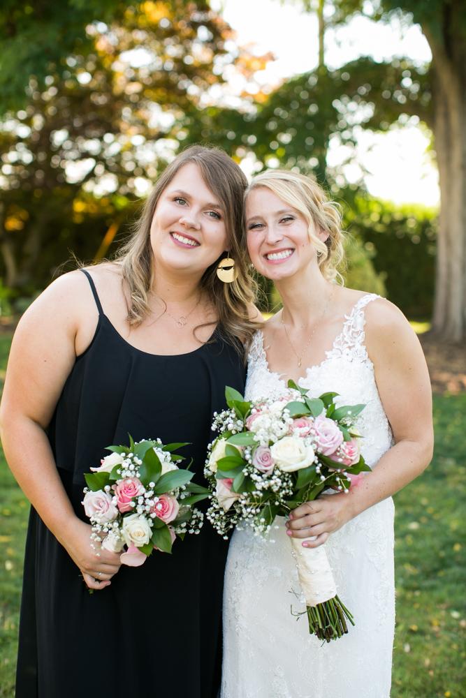 Oregon-Wedding-AtavistaFarm19_0061.jpg