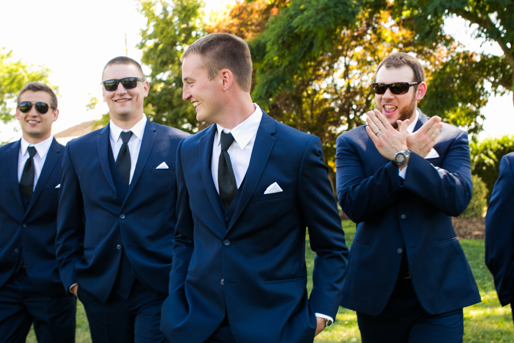Oregon-Wedding-AtavistaFarm19_0075.jpg