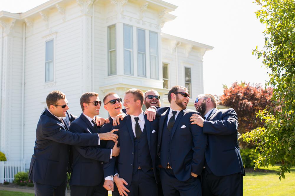 Oregon-Wedding-AtavistaFarm19_0081.jpg