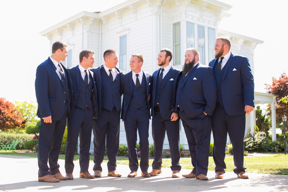 Oregon-Wedding-AtavistaFarm19_0083.jpg