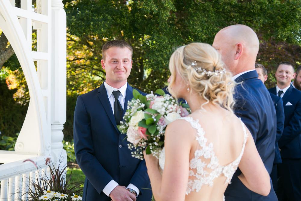 Oregon-Wedding-AtavistaFarm19_0096.jpg