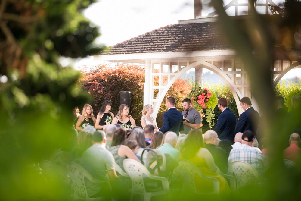 Oregon-Wedding-AtavistaFarm19_0102.jpg