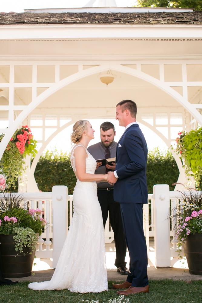 Oregon-Wedding-AtavistaFarm19_0107.jpg