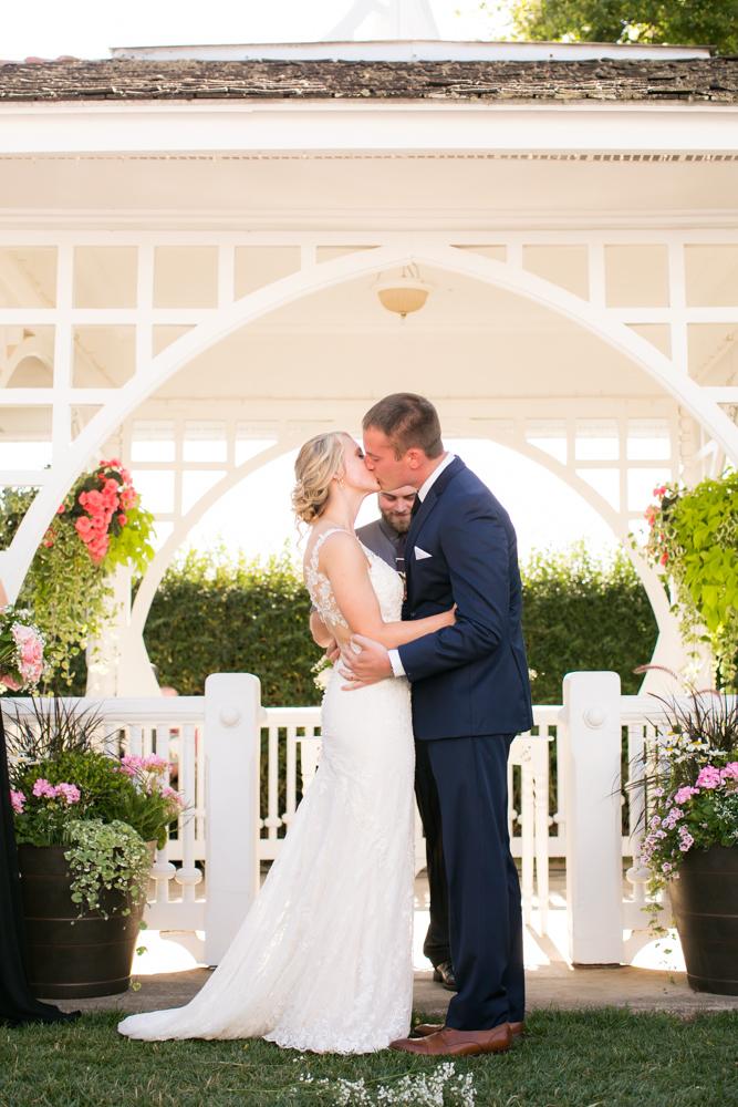 Oregon-Wedding-AtavistaFarm19_0108.jpg