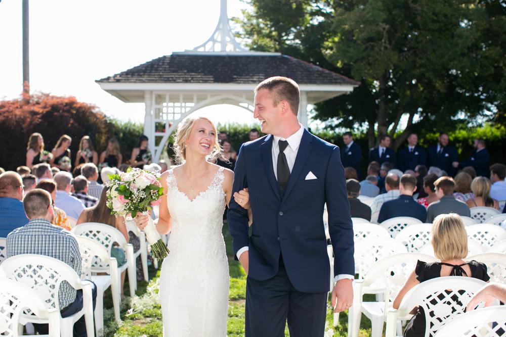 Oregon-Wedding-AtavistaFarm19_0113.jpg