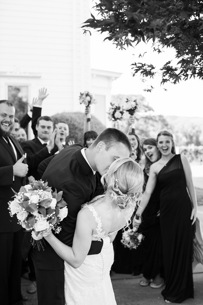 Oregon-Wedding-AtavistaFarm19_0116.jpg