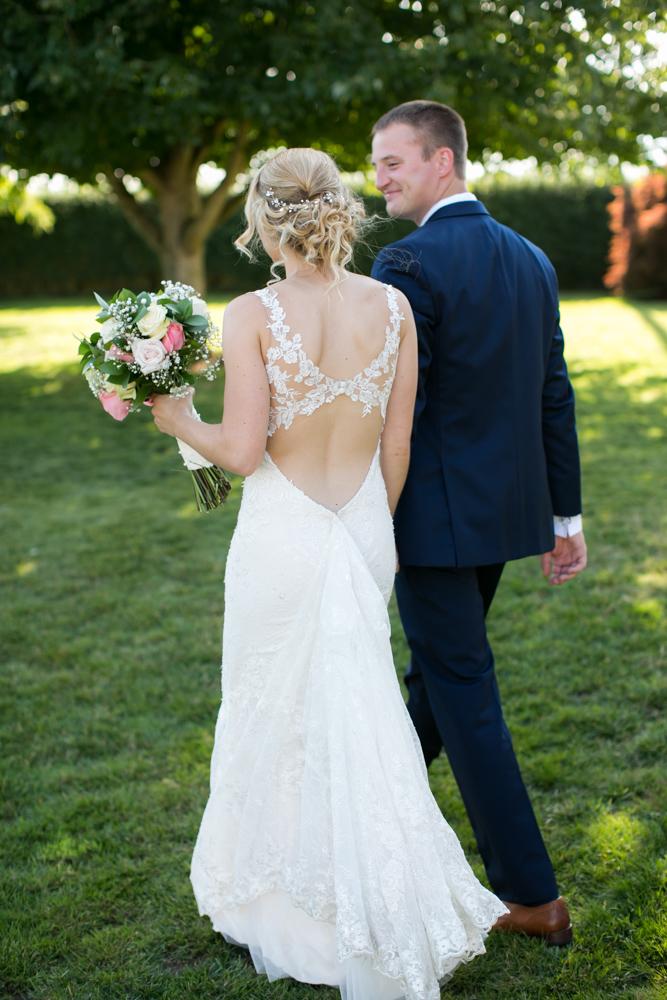 Oregon-Wedding-AtavistaFarm19_0122.jpg