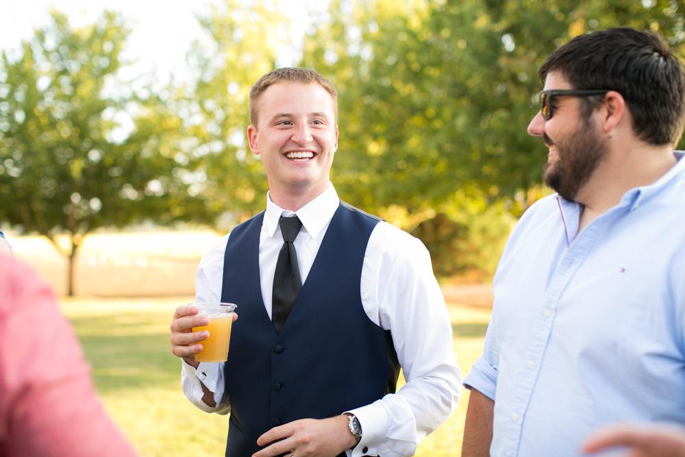 Oregon-Wedding-AtavistaFarm19_0148.jpg