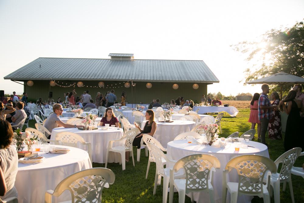 Oregon-Wedding-AtavistaFarm19_0151.jpg