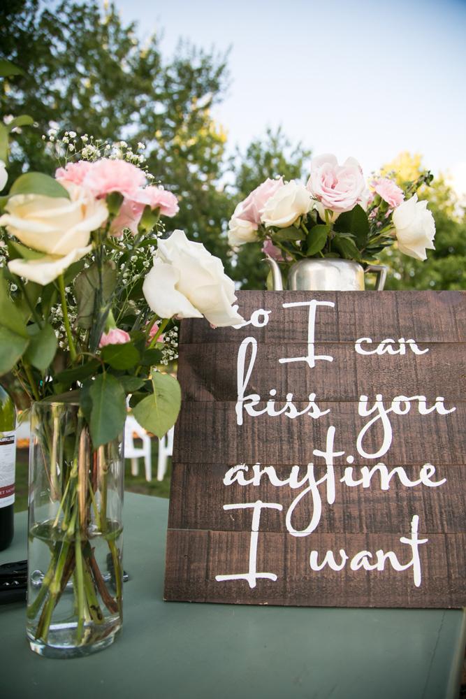 Oregon-Wedding-AtavistaFarm19_0152.jpg