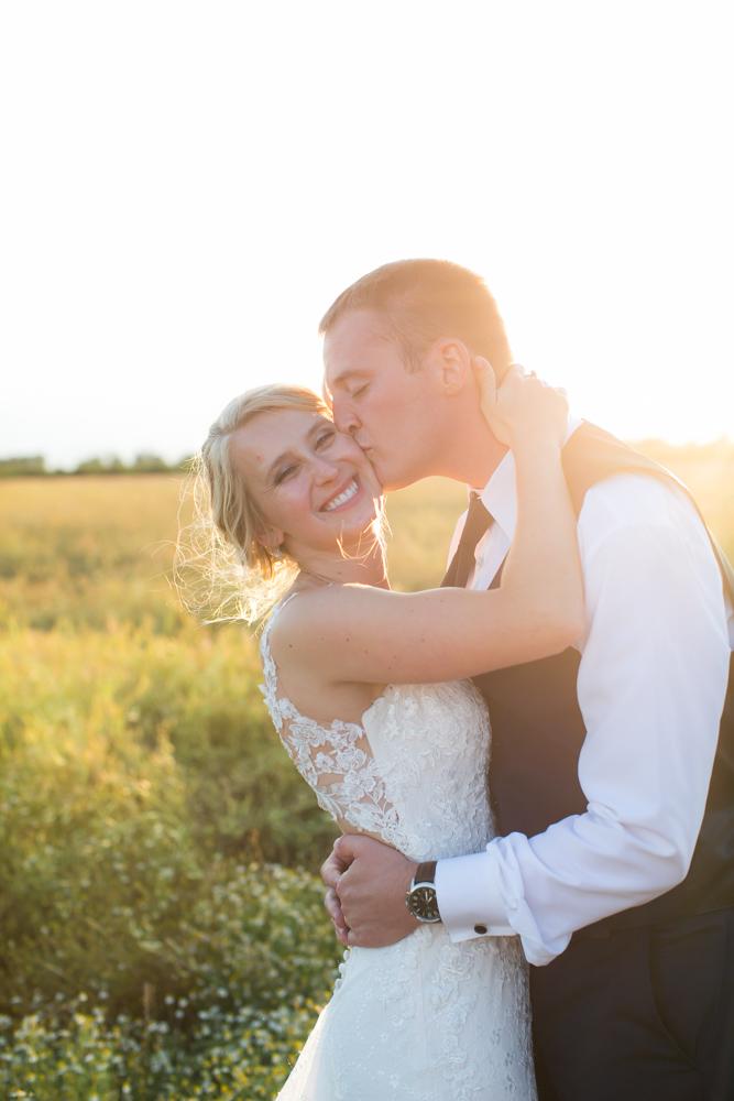 Oregon-Wedding-AtavistaFarm19_0166.jpg