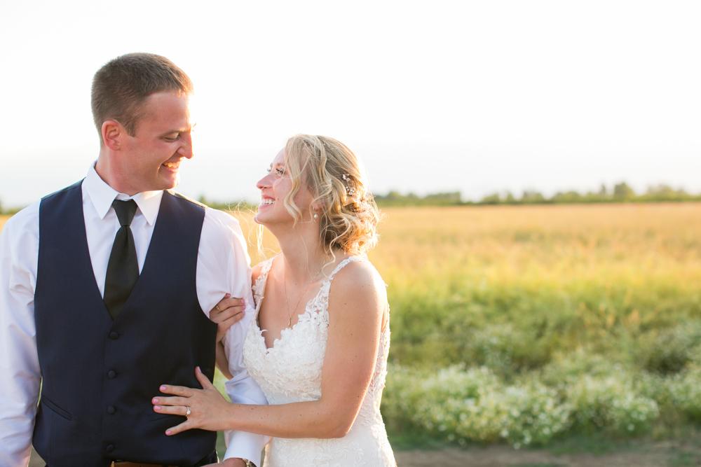 Oregon-Wedding-AtavistaFarm19_0180.jpg