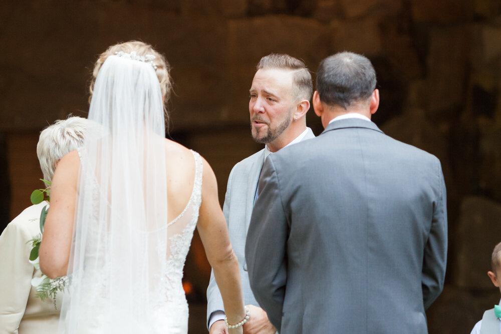 Summit-Grove-Lodge-Wedding-Photography-DanRice_037.jpg