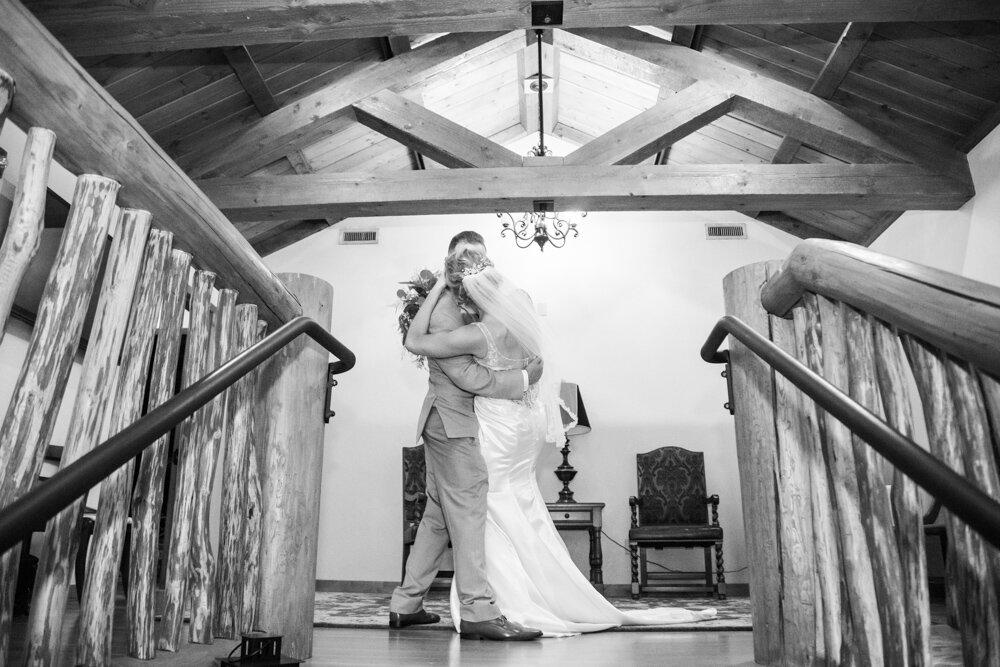 Summit-Grove-Lodge-Wedding-Photography-DanRice_046.jpg