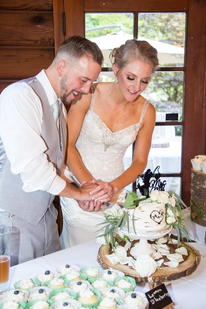 Summit-Grove-Lodge-Wedding-Photography-DanRice_069.jpg