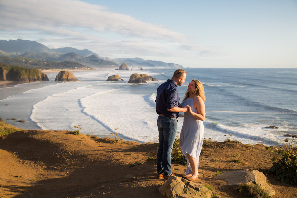 Cannon-Beach-Oregon-Engagement-DanRicePhoto19_006.jpg