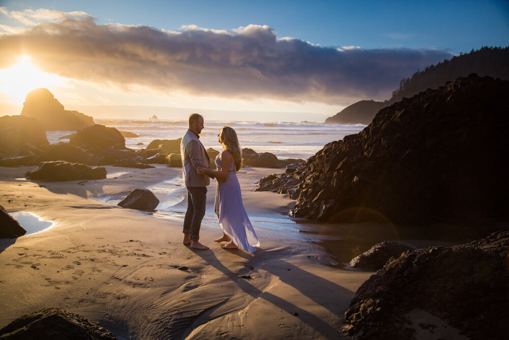 Cannon-Beach-Oregon-Engagement-DanRicePhoto19_034.jpg