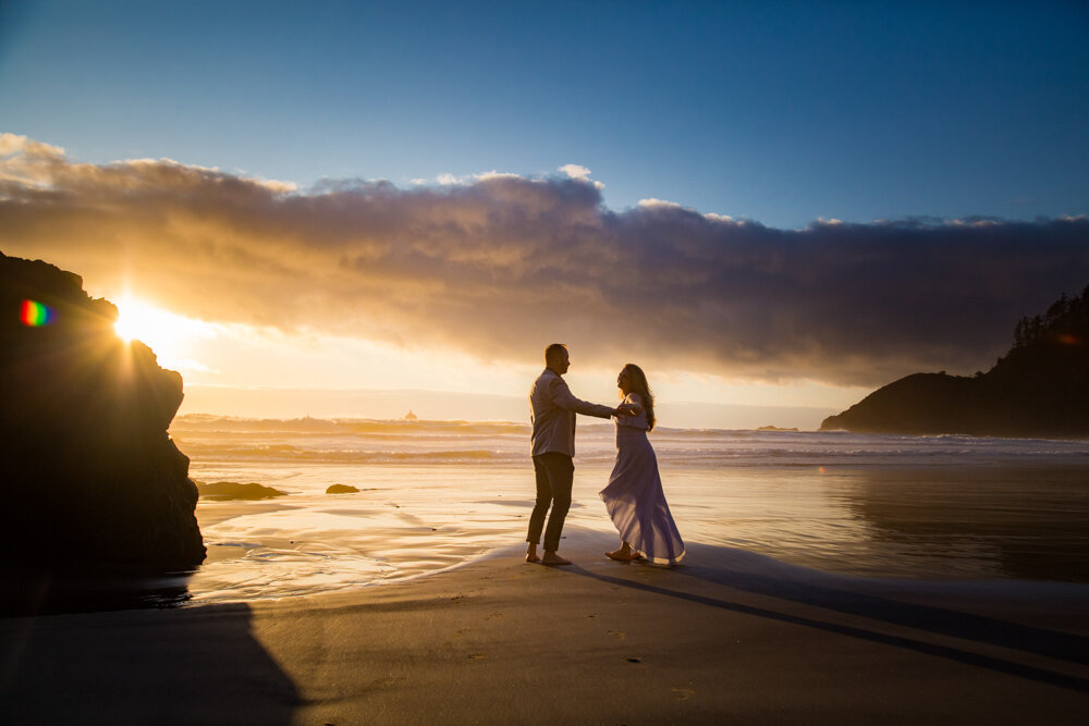 Cannon-Beach-Oregon-Engagement-DanRicePhoto19_036.jpg
