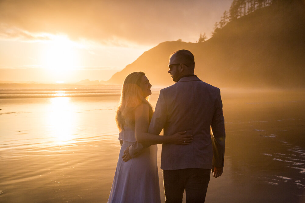 Cannon-Beach-Oregon-Engagement-DanRicePhoto19_047.jpg