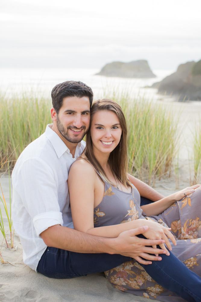 Cannon-Beach-Oregon-Engagement-DanRice_012.jpg