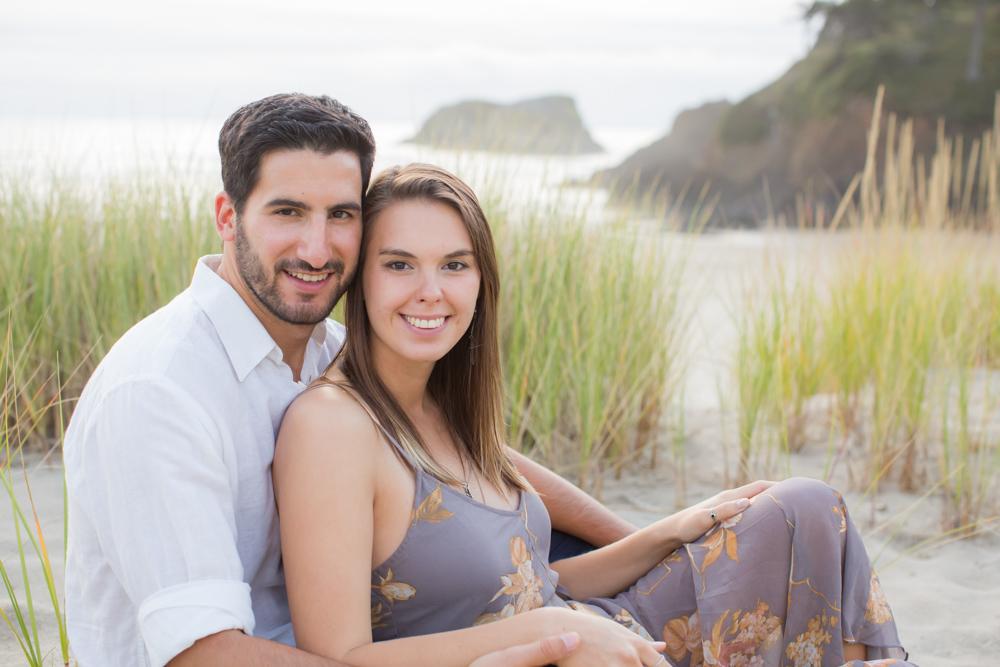 Cannon-Beach-Oregon-Engagement-DanRice_013.jpg