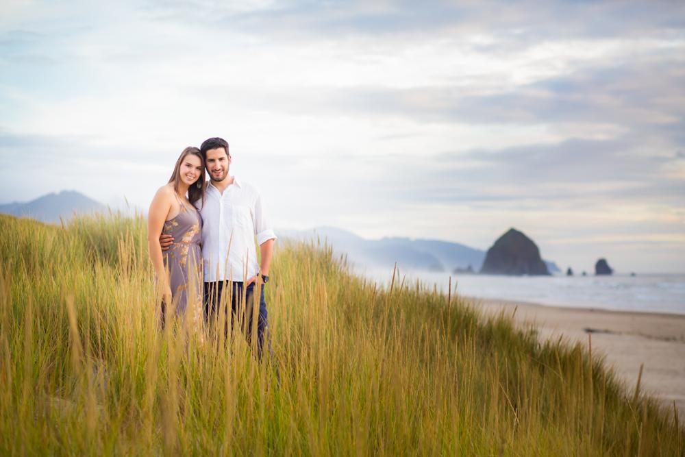 Cannon-Beach-Oregon-Engagement-DanRice_015.jpg