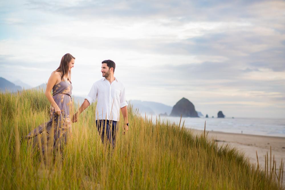 Cannon-Beach-Oregon-Engagement-DanRice_017.jpg