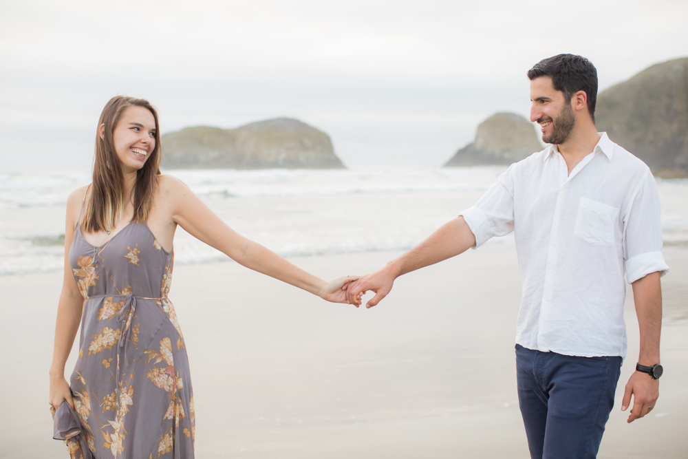 Cannon-Beach-Oregon-Engagement-DanRice_027.jpg