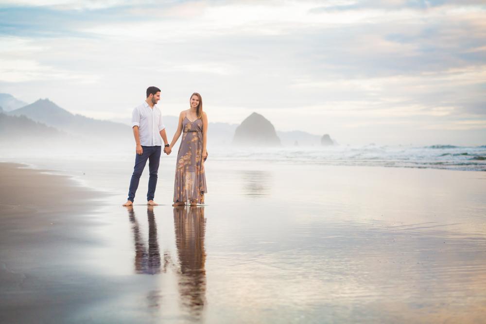 Cannon-Beach-Oregon-Engagement-DanRice_028.jpg
