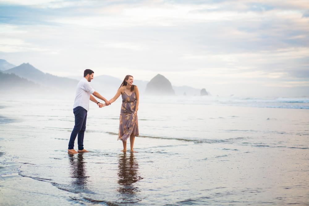 Cannon-Beach-Oregon-Engagement-DanRice_030.jpg