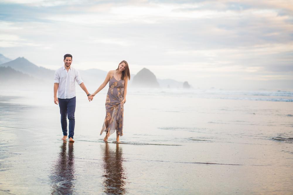 Cannon-Beach-Oregon-Engagement-DanRice_031.jpg