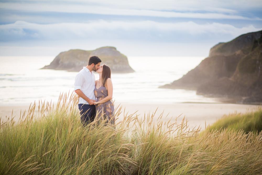 Cannon-Beach-Oregon-Engagement-DanRice_009.jpg