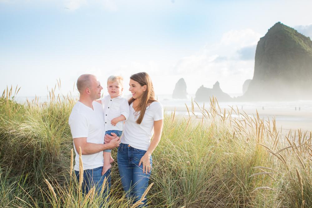 Cannon-Beach-Oregon-Family-Photographer-DanRice_002.jpg