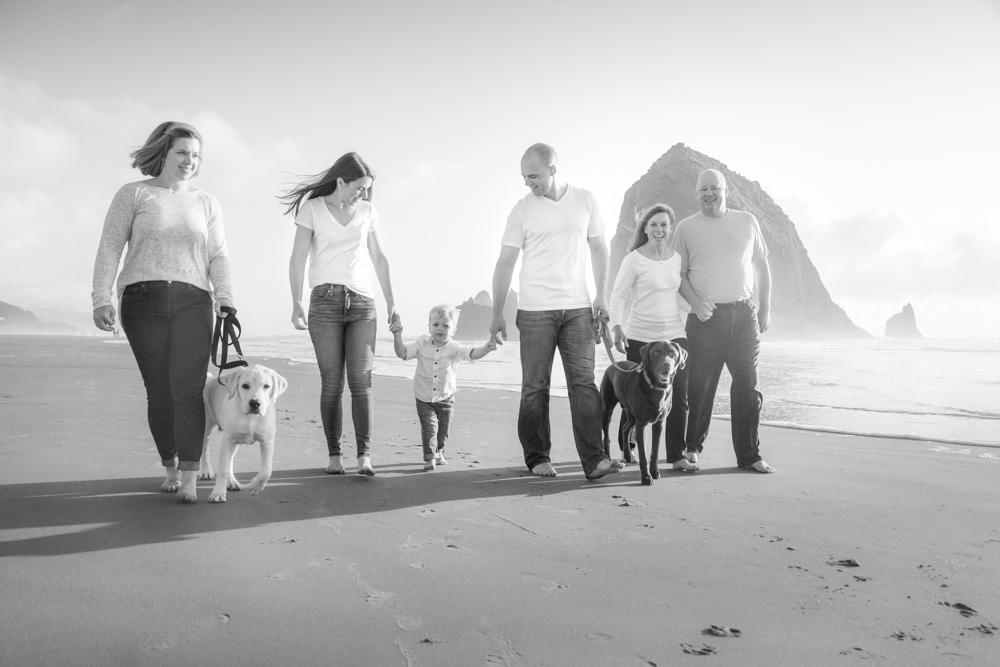 Cannon-Beach-Oregon-Family-Photographer-DanRice_007.jpg