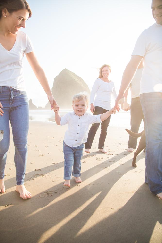 Cannon-Beach-Oregon-Family-Photographer-DanRice_009.jpg