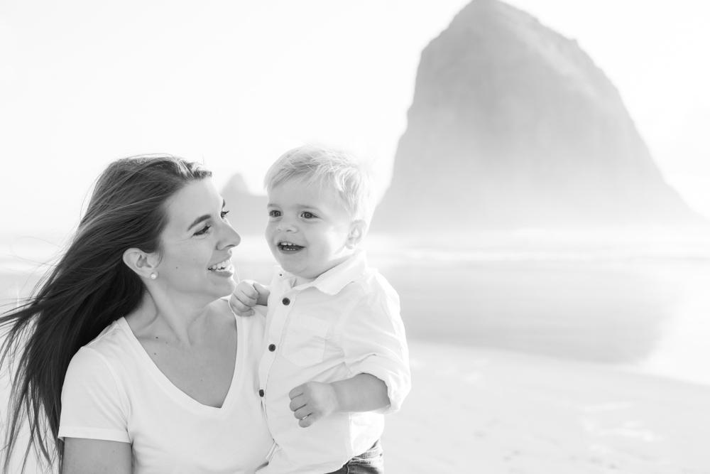 Cannon-Beach-Oregon-Family-Photographer-DanRice_011.jpg