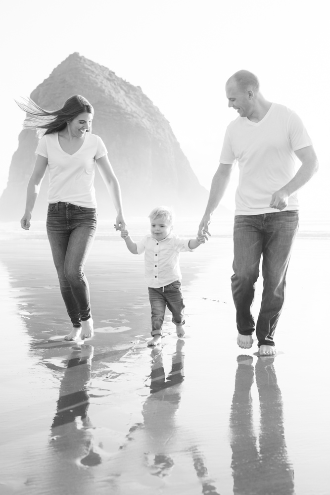 Cannon-Beach-Oregon-Family-Photographer-DanRice_017.jpg
