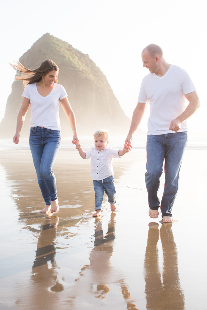 Cannon-Beach-Oregon-Family-Photographer-DanRice_018.jpg