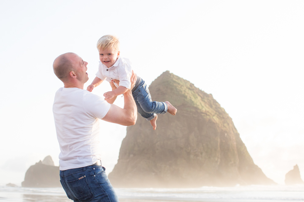 Cannon-Beach-Oregon-Family-Photographer-DanRice_023.jpg