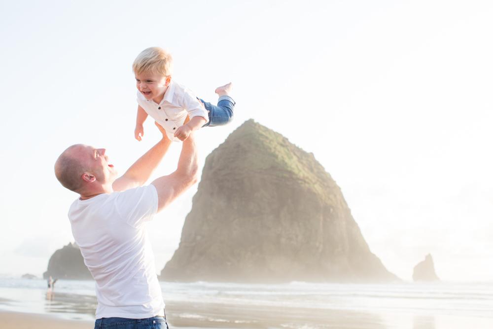 Cannon-Beach-Oregon-Family-Photographer-DanRice_024.jpg