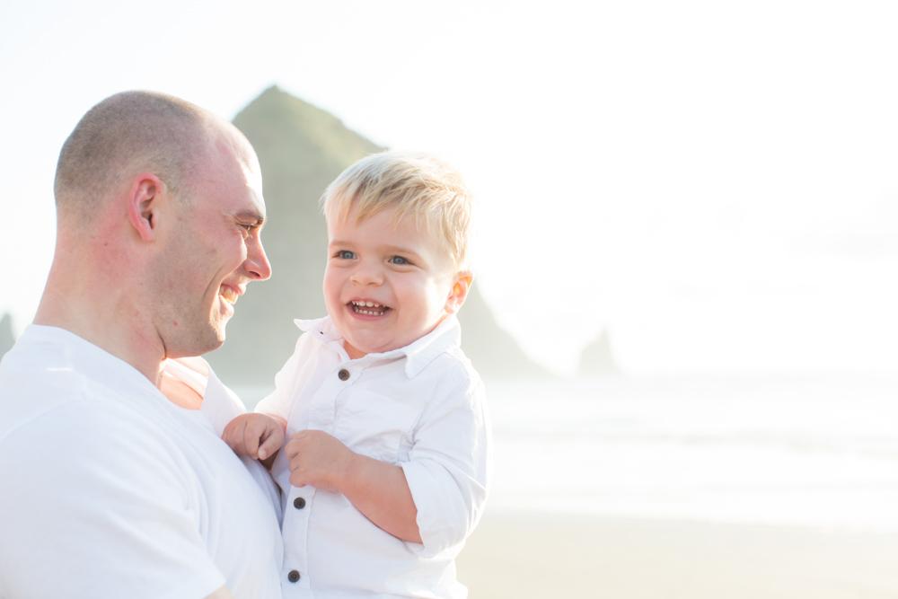 Cannon-Beach-Oregon-Family-Photographer-DanRice_026.jpg