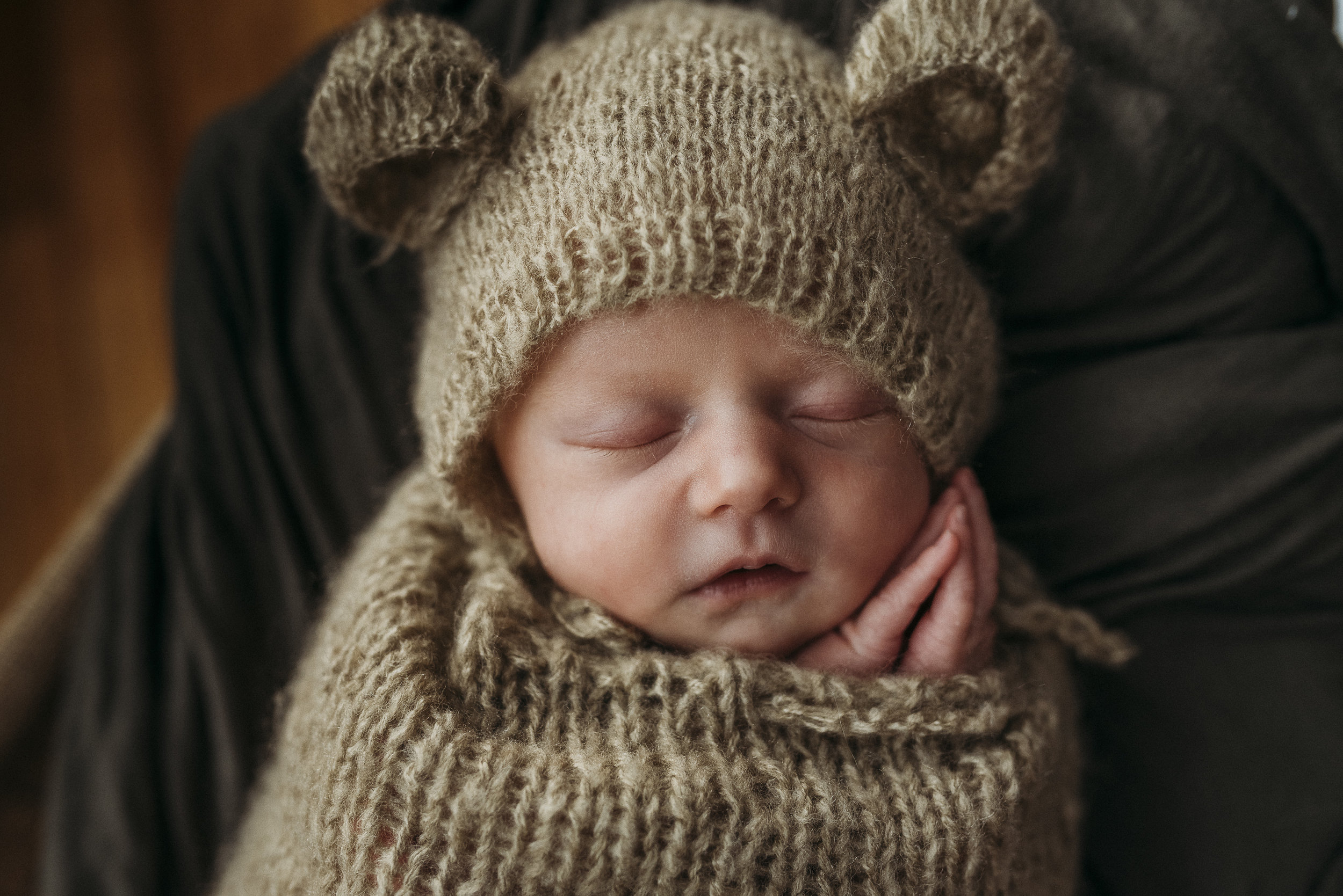 Maine newborn in home photography-12.jpg