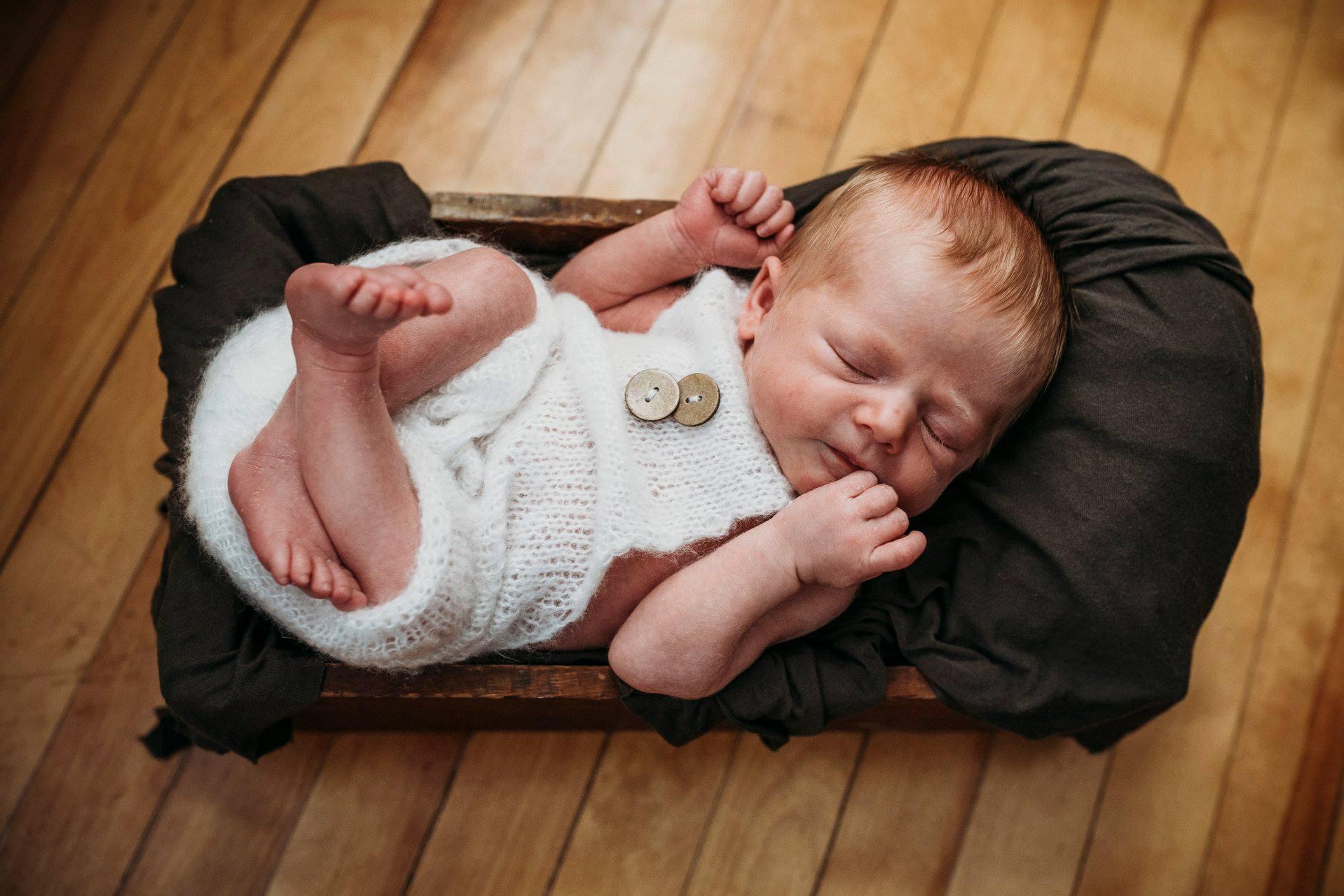 Maine newborn photography (7).jpg