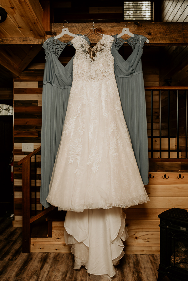 Maine Wedding Photography Venue Lakeside Cabins Caratunk River Woods Bride Groom Inspiration Cheapest-1