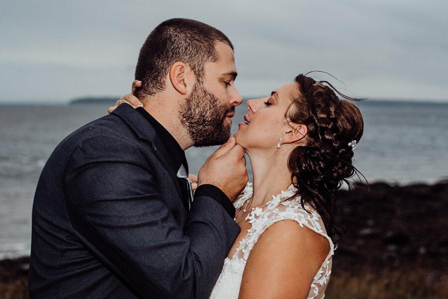 Verona Island Maine Wedding Breezy Photography-82.jpg