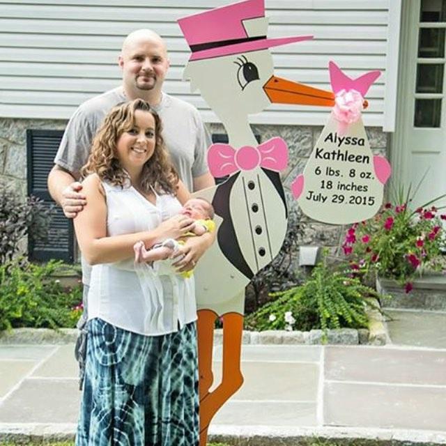 Alyssa Kathleen and her proud parents! Congratulations to my friends & wonderful new parents Jackie & Mark 💗👶🏻#newbaby #newmom #newparents#newborn #storks #storkrentals #westchester #birthannouncement